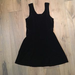 Vintage black velvet sleeveless dress